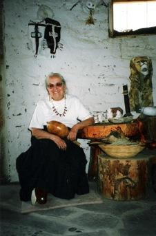 Prof. Felicitas Goodman in her Kiva, New Mexico, ca. 1998 - Photo: N.Nauwald